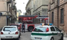 Caduta tegole in via Rattazzi: messa in sicurezza l'area da Vigili del Fuoco e Polizia Municipale