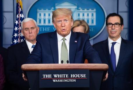 Coronavirus negli USA: la situazione e le misure di Trump