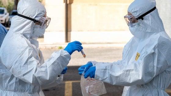 Da Ansa: Covid Italia. Diminuiscono i contagi, 130 vittime nelle ultime 24 ore