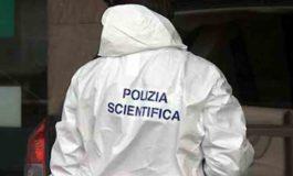 Cadavere di un pregiudicato trovato nell'appartamento di un uomo con problemi psichiatrici