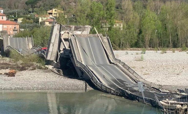 Crolla un altro ponte: grazie al Covid19 traffico inesistente e niente vittime