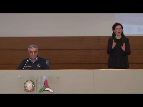 Coronavirus Italia: i contagi crescono, i ricoveri calano