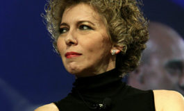 """Sequestrate migliaia di mascherine cinesi importate da Irene Pivetti: """"Colpita per il mio cognome"""""""