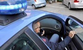 Ruba scooter ma è subito scoperto e catturato dalla Polizia