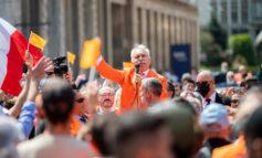 "Sindaco Sala, i ""Gilet Arancioni"" saranno anche irresponsabili, ma sono tanti; denunciato Pappalardo"