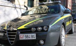 Colpo allo spaccio astigiano: oltre trenta chili di marijuana e più di centomila euro in contanti sequestrati dalla Guardia di Finanza