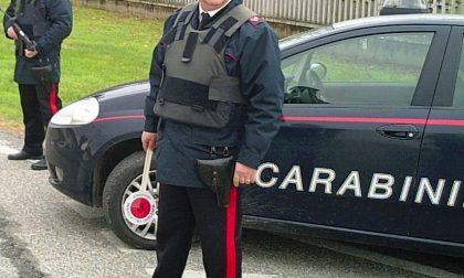 Scoperti a violare le norme di contenimento anti-Covid, insultano i Carabinieri e sono denunciati
