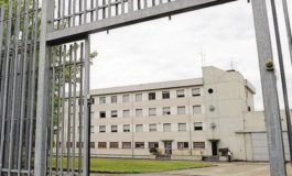 Si è tolto la vita in carcere il quarantottenne arrestato venerdì ad Asti per la spaccata in un negozio di telefonia