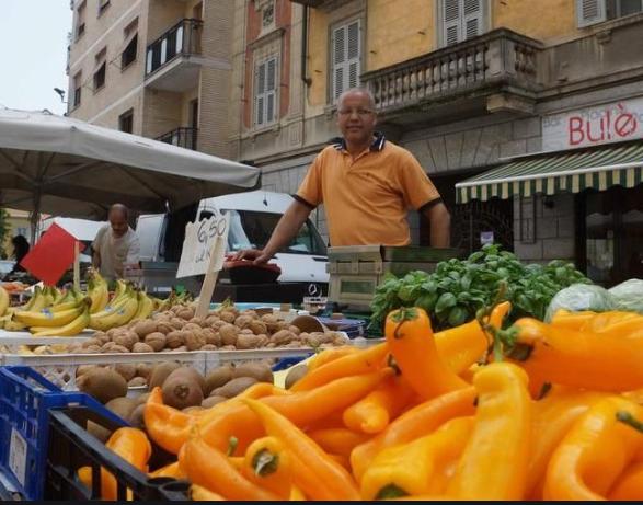 Da Città di Alessandria: nuova ordinanza per i mercati alimentari