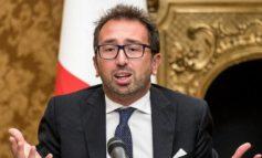 Bonafede ci è costato 10.000 euro per andare da Napoli a Roma