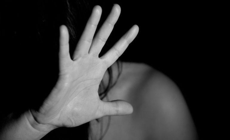 Violenza sulle donne: secondo i dati Istat durante il lockdown telefonate al 1522 aumentate del 73%