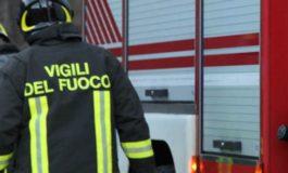 Camper in fiamme in piazza d'Armi a Torino, probabile origine dolosa