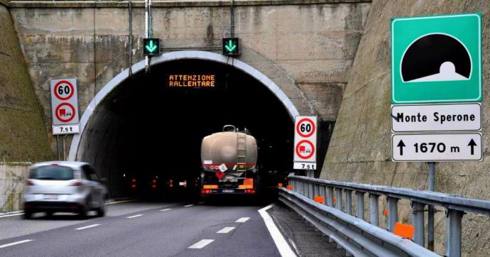 Chiuso fino a sabato sulla A26 il tratto tra Ovada e l'intersezione con la A10