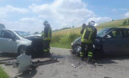 Frontale fra due auto ad Alfiano Natta, due feriti