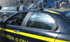 Asti, prendevano tangenti dai fornitori: marito e moglie accusati di corruzione verso una multinazionale, sequestrate le loro proprietà