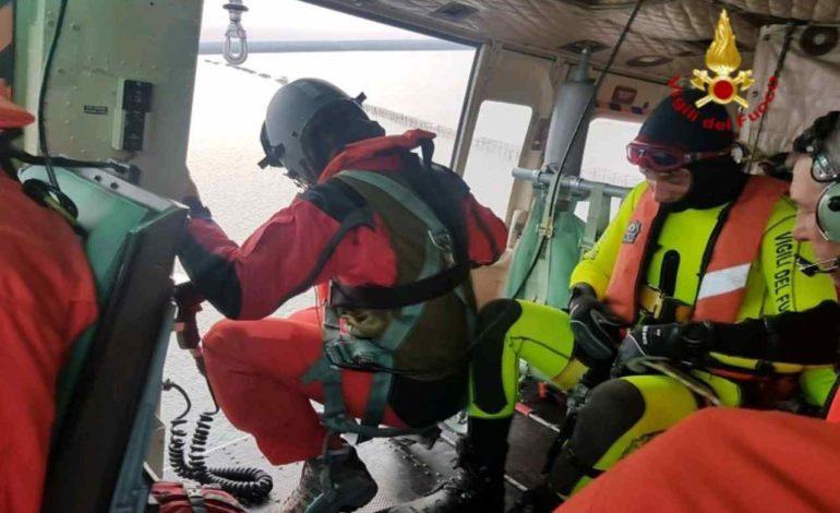 Ventenne di Novi Ligure trovato morto annegato davanti alla spiaggia di Murcarolo a Genova