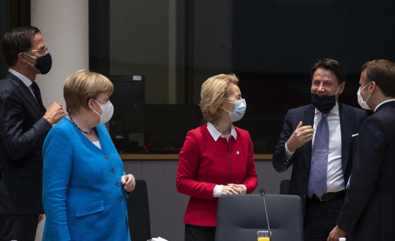 La Ue trova l'accordo all'alba dopo un negoziato di 92 ore