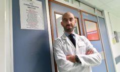 """L'infettivologo Bassetti: """"Basta con l'allarmismo tafazziano sul Covid"""""""