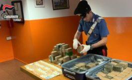 Torino, in taxi con 400.000 euro di hashish: tre arresti