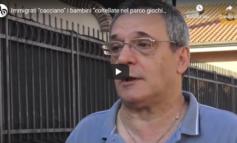 Ora basta! A Roma immigrati di colore cacciano i bambini dal parco giochi (Video)