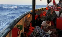 Lampedusa, oltre 750 migranti in 48 ore, Musumeci invoca lo stato d'emergenza