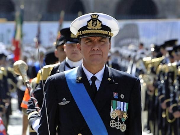 """Clamoroso, l'ammiraglio De Felice scrive al governo tedesco: """"Fermate la nave negriera Sea Watch"""""""