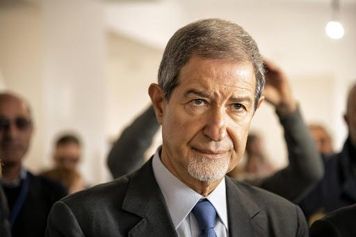 Il governatore della Sicilia Musumeci annuncia la chiusura dei porti