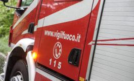 Saluzzo: auto in fiamme nel parcheggio del Mercatò, intervenuti i Vigili del Fuoco