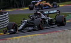 F1: Hamilton pole-record a Spa, Ferrari mai così male