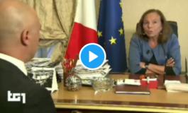 La ministra Lamorgese confessa di non aver fatto il tampone a settemila clandestini