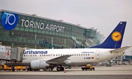 Pensionata smarrisce all'aeroporto una valigetta con dentro 2,5 milioni di euro falsi: denunciata