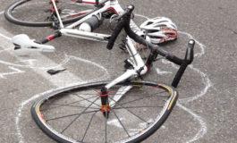 Ciclista astigiano elitrasportato ad Alessandria in gravi condizioni dopo lo scontro con un furgone