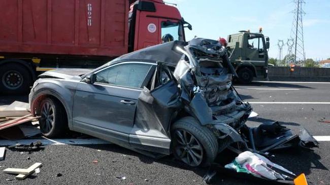 Incidente sulla A14 tra Cesena e Forlì, morto un ragazzino di Pontecurone