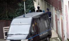 Detenuto nigeriano stacca un pezzo d'orecchio ad una guardia carceraria e se lo mangia
