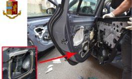 Duecentomila euro di cocaina in auto: arrestati due dominicani