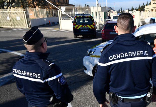 Ferito un prete ortodosso a Lione da un attentatore islamico armato di pistola