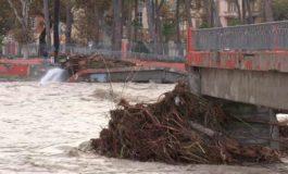 Dalla Francia sei cadaveri dell'alluvione riemergono dal fango