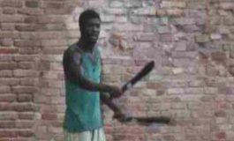 Immigrato africano prova a sgozzare i passanti: 3 ore per arrestarlo
