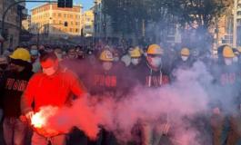 Ex Ilva: a Genova operai per strada, corteo in città