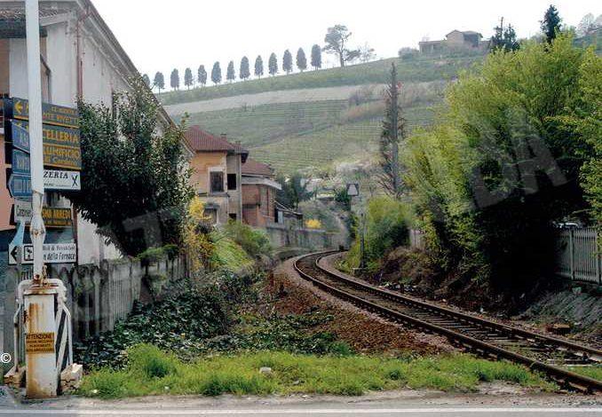Il consiglio comunale di Alba è compatto nel chiedere il ripristino della ferrovia per Asti