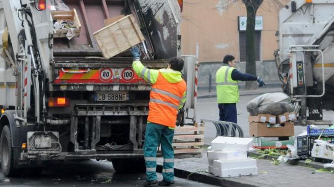 Nuova gestione della raccolta rifiuti ma l'inceneritore può attendere
