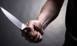 Ubriaco fradicio minaccia la sua ospite con un coltello: denunciato