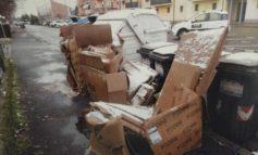 Continuano le segnalazioni di abbandono di rifiuti ingombranti al Rione Cristo