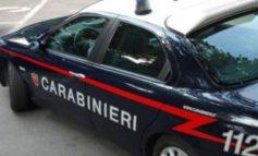 Ruba al supermercato ma è bloccato dai carabinieri e finisce dentro