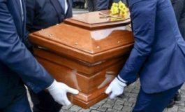 Dai Testimoni di Geova: un funerale che unisce sentimenti e senso di responsabilità
