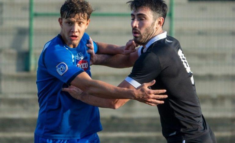 """Calcio serie D: il Casale fuori casa cede nei minuti finali alla Folgore Caratese, Derthona cade al """"Coppi"""" contro la Castellanzese"""
