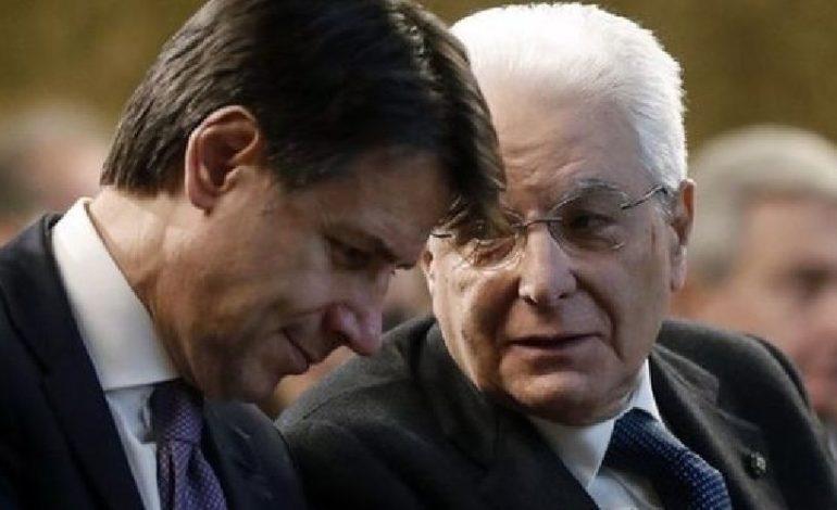 Crisi di governo, Udc si defila dal gruppo dei costruttori e i 5 Stelle tremano