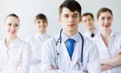 Cinquanta studenti in medicina fra le corsie dell'ospedale