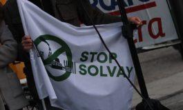 """Il Comitato """"Stop Solvay"""": """"sarà impossibile per l'azienda rispettare tutti i vincoli"""""""