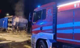 Pompieri al lavoro: a fuoco un camion ad Acqui e un'auto a Casale
